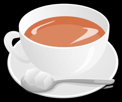 Schwarzer Tee mit Milch