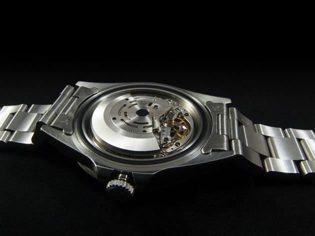armbanduhr-selbstaufzug-armbewegung